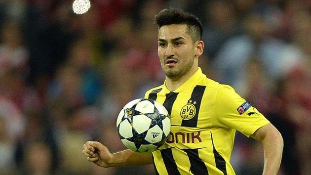 ilkay-gundogan-talk-with-barcelona