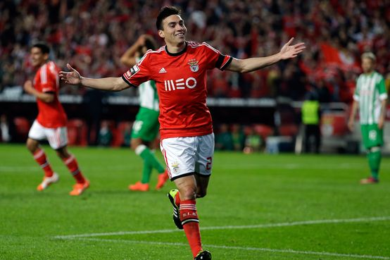 Benfica's Nico Gaitan, from Argentina, celebrates after scoring their second goal against Rio Ave during their Portuguese league soccer match Monday, April 7 2014, at Benfica's Luz stadium in Lisbon. (AP Photo/Armando Franca) Portugal Soccer